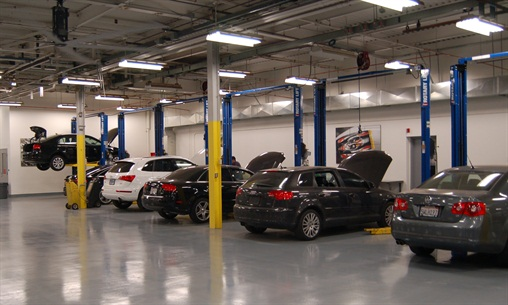 Volkswagen Credit/Audi Financial Services is sharing 16,000 square feet of Manheim's new California Service Center to repair vehicles for resale.