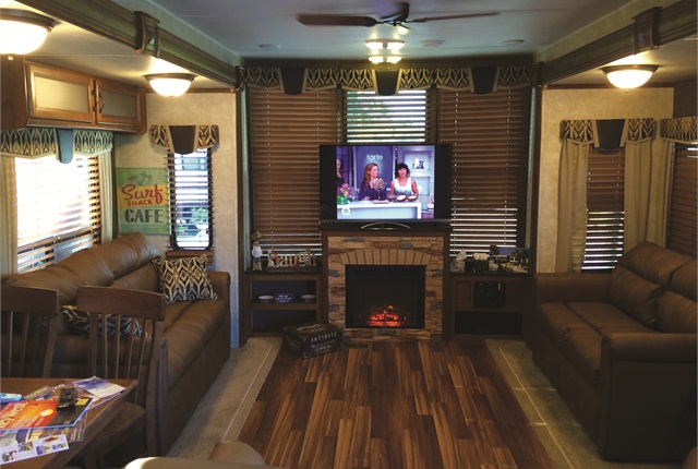 Each rental trailer comes fully stocked and includes amenities such as a TV and fireplace. Holowinski also adds decorations and Greenberg-branded items (such as towels).