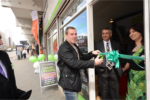 Aston Villa team captain and Ireland International Richard Dunne officially cutting the ribbon for the new Green Motion location in Birmingham.