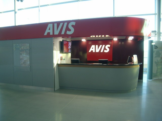 avis revives we try harder in european tv campaign news auto rental news. Black Bedroom Furniture Sets. Home Design Ideas