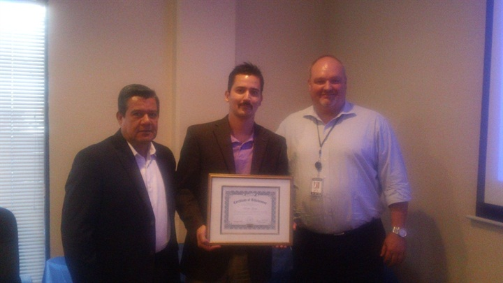 fox rent-a-car honors mexican affiliate with certificate of achievement - news