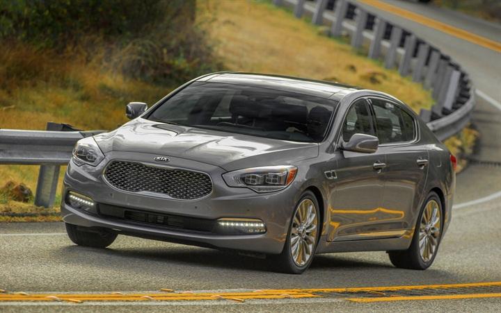 National offers kia k900 luxury sedan news auto rental for Kia motors usa com