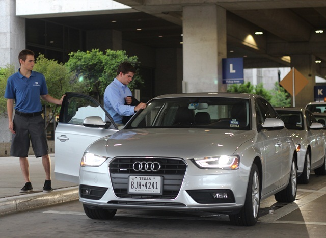 Silvercar Launches In Chicago Rental Operations Auto Rental News - Audi service austin