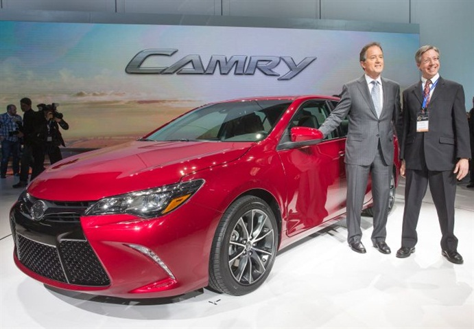 what does the 2014 l model toyota camry look. Black Bedroom Furniture Sets. Home Design Ideas