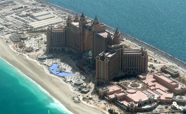 Najd Rent-A-Car has opened a new location at the Atlantis on Palm Jumeirah Island. Photo via Wikimedia.