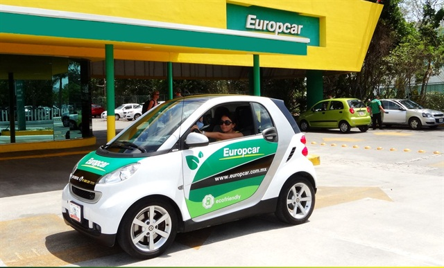 A customer rents a vehicle at a Europcar location in Cancun, Mexico.
