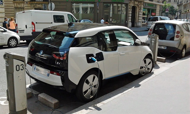Ireland's GoCar carsharing service has added BMW i3 vehicles to its fleet. Photo via Wikimedia.