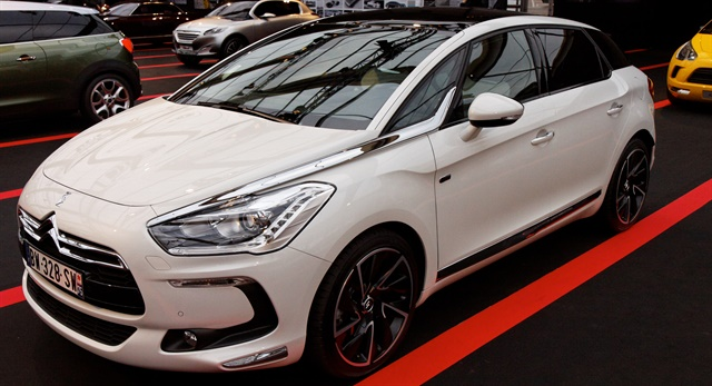 avis uk adds citroen ds 5 to fleet rental operations auto rental news. Black Bedroom Furniture Sets. Home Design Ideas