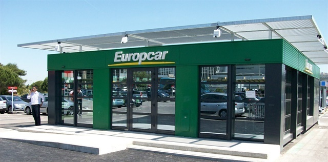 ' ' from the web at 'http://www.autorentalnews.com/fc_images/news/m-europcar-13-1.jpg'