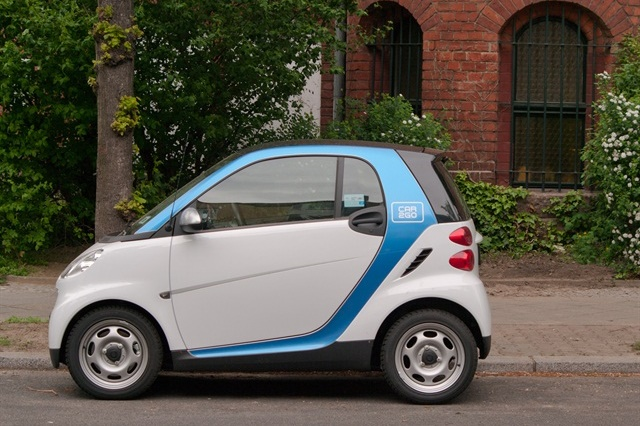 car2go's carsharing service left the Twin Cities due to the high taxes charged on vehicle rentals. Photo via Wikimedia/Dirk Ingo Franke