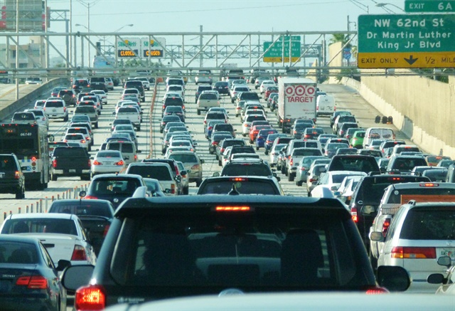 More than 89% of holiday travelers plan to drive this Thanksgiving holiday, according to AAA. Photo via Wikimedia.