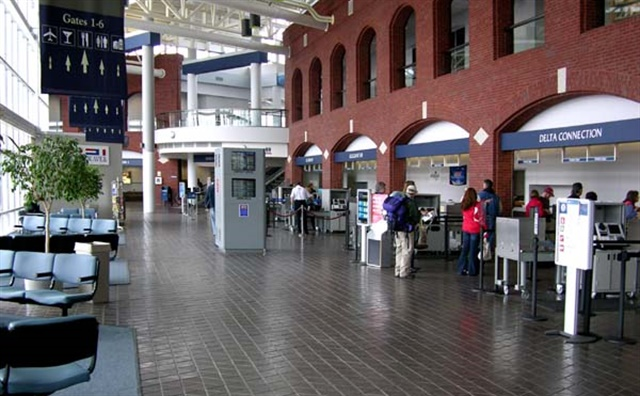 The ticketing area at Roanoke-Blacksburg Regional Airport. Photo via Wikimedia.