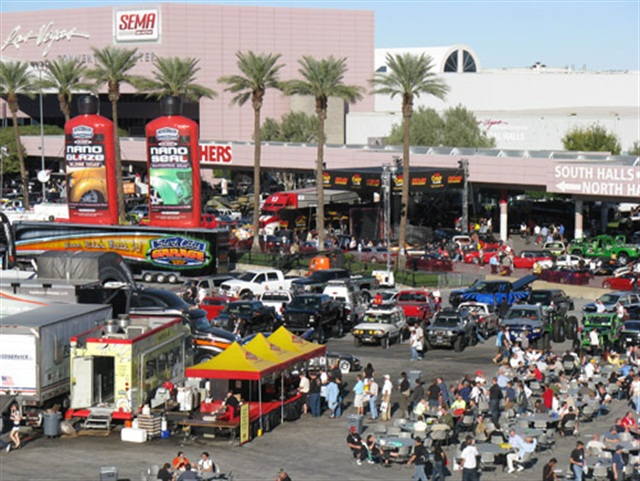 A past SEMA conference in Las Vegas. Photo via Wikipedia.