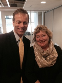 Sharon Faulkner, executive director of ACRA, met with Sen. John Thune.