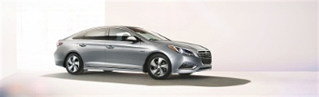 Hyundai Sonata Hybrid has been added to Hertz's Green Traveler Collection. Photo courtesy of The Hertz Corp.