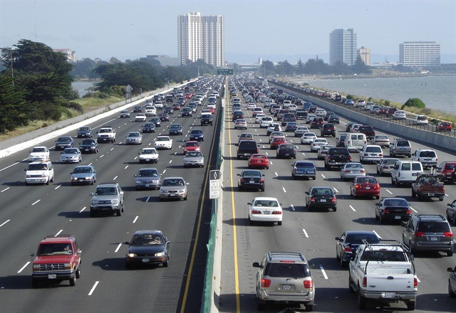 Nearly 42 million Americans plan to travel by automobile this Thanksgiving weekend, according to AAA. Photo via Wikimedia.